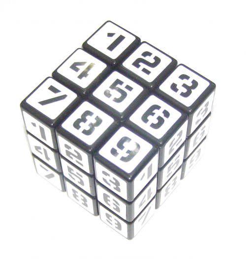 Головоломка Судоку-куб