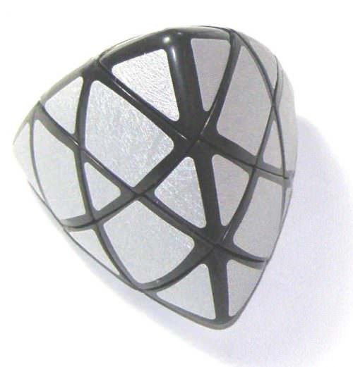 Пираморфикс зеркальный