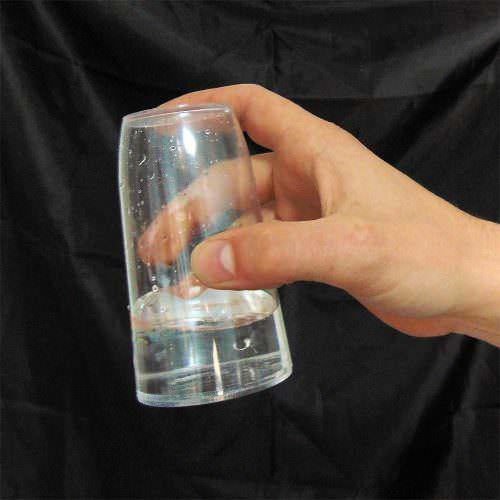 Непроливающийся стакан